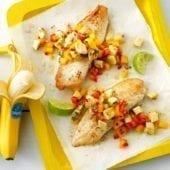 Salsa alla banana e mango con pesce bianco