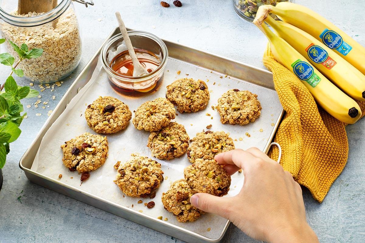 Biscotti rustici di farina d'avena con banana Chiquita e mirtillo