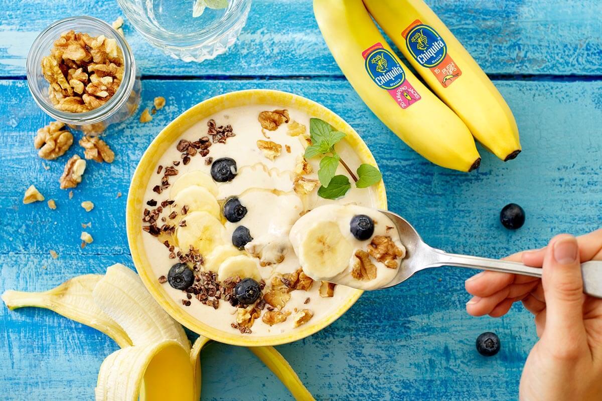 Frullato in ciotola facile con banana Chiquita