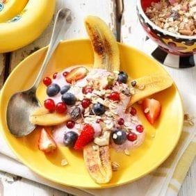 Salutare Banana split Chiquita serie Britto con bacche di acai