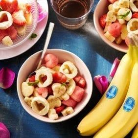 Macedonia di cuori per San Valentino con banane Chiquita e anguria