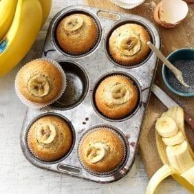 Muffin al limone con semi di chia, banana Chiquita