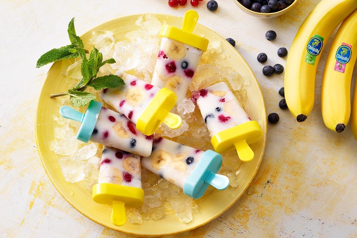 Ghiaccioli post allenamento con banana Chiquita e latte di mandorla