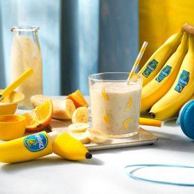 Frullato alla banana Chiquita con arancia e miele